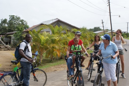 -plantage-peperpot-suriname-fietstocht