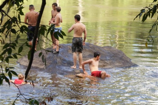 zwemmen bij Palumeu