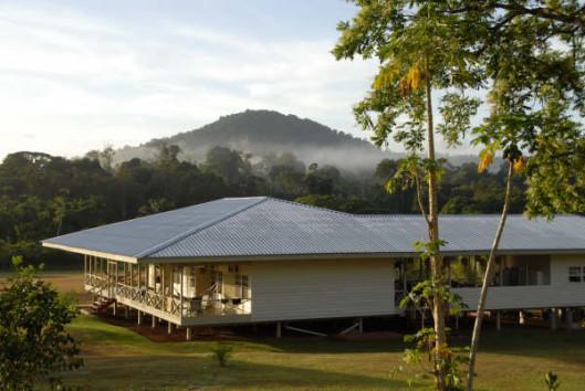 -kabalebo-nature-resort-main-lodge