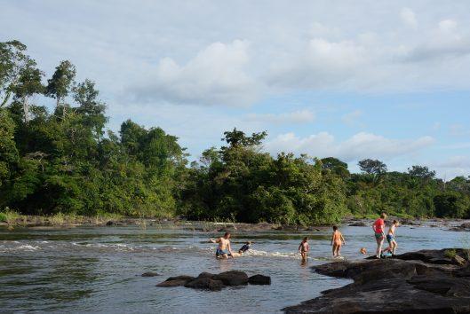 ferulasi-stroomversnelling-jungle-suriname