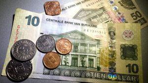 geld suriname