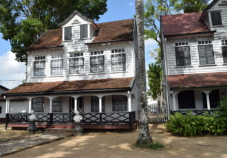 officierswoningen paramaribo fotoalbum