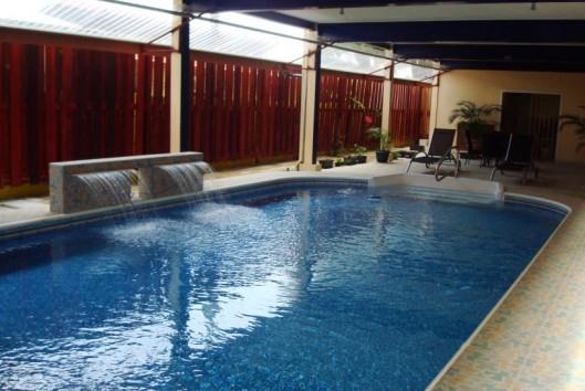 hosta appartment zwembad