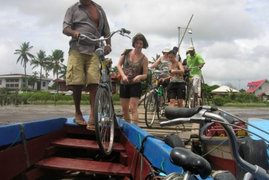 frederiksdorp suriname fietsen