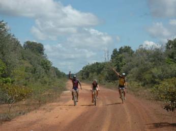 fietsen suriname natuur