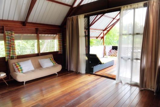 Danpaati River lodge luxe cabin