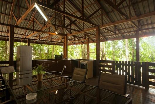 afobaka resort terras