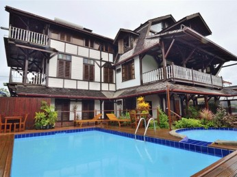 resort paramaribo