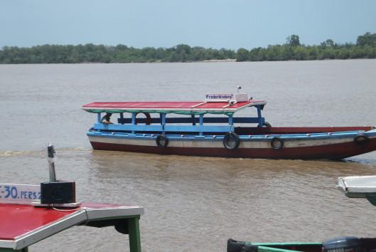 plantage frederiksdorp commewijne rivier