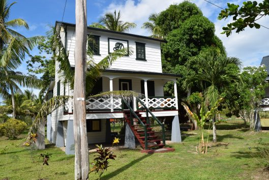 plantage Frederiksdorp Suriname officierswoning