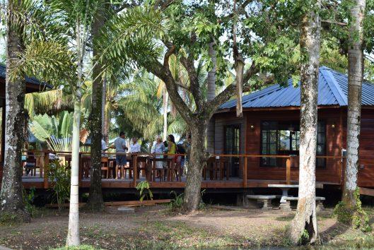 plantage Frederiksdorp Suriname lounge en bar