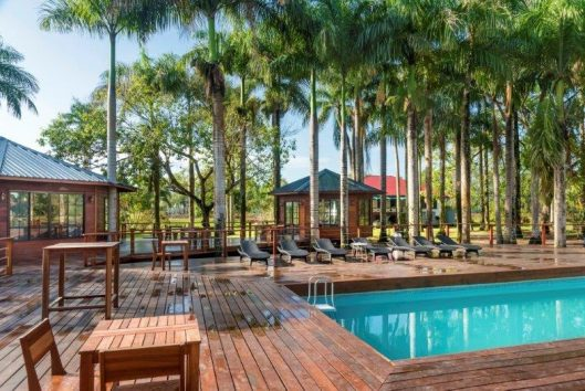 zwembad plantage frederiksdorp Suriname