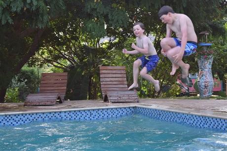 zwembad mondi lodge curacao