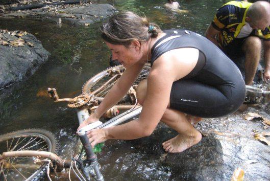 Apoera Challenge Goldrush Suriname
