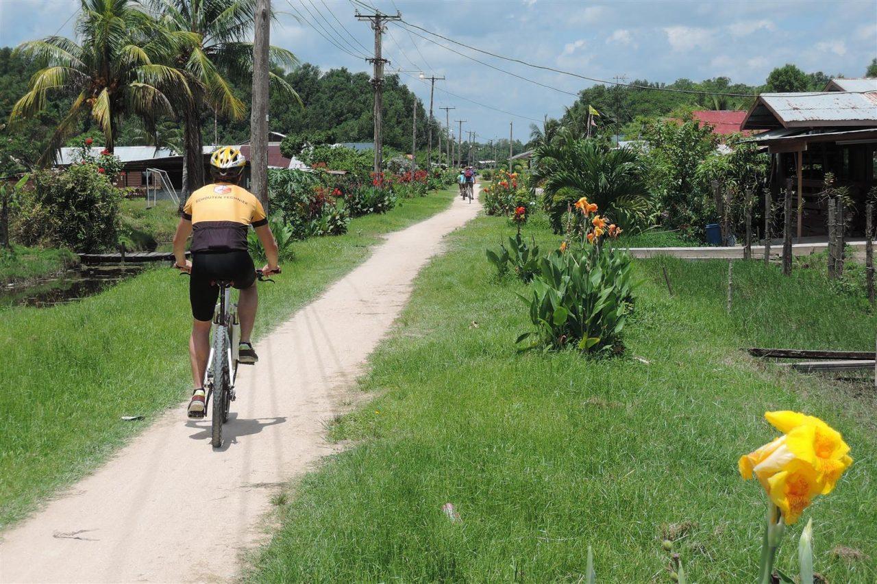fietstochten suriname
