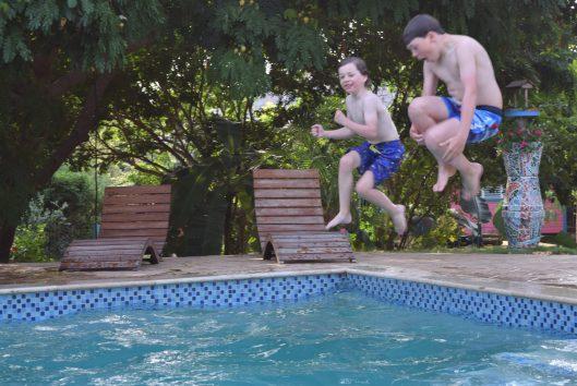 comfort gezinsreis curacao zwembad mondi lodge