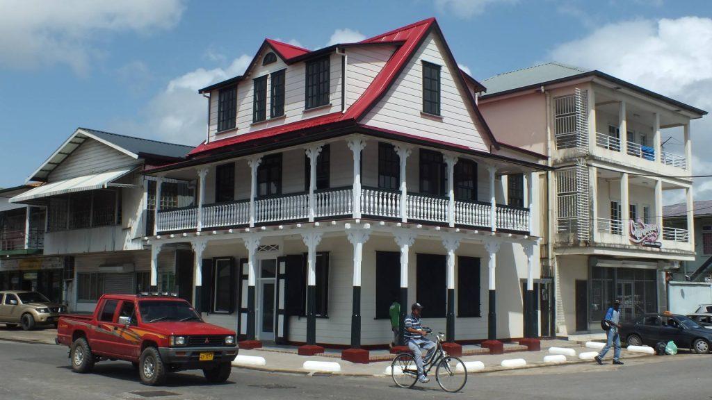 stadsherstel paramaribo
