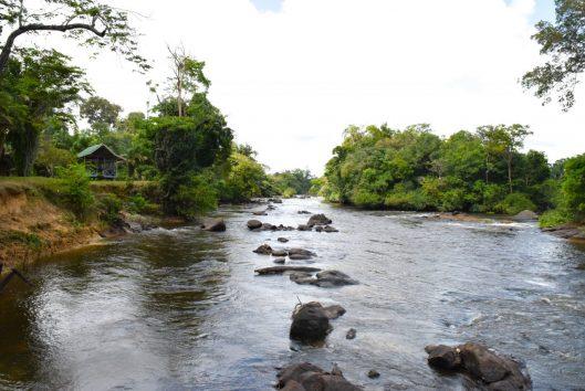 Anaula nature resort rivier