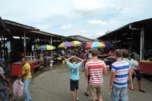 kidsreizen paramaribo