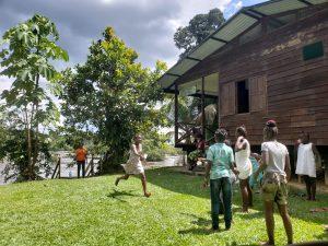 marron kinderen Suriname