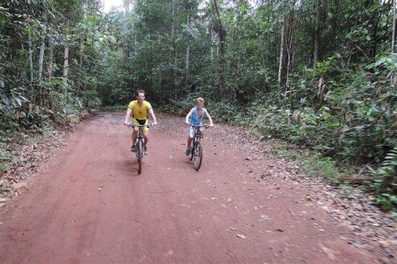 MTB tocht natuurpark Brownsberg