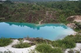 Guyana Kaieteur Falls Blue Lake