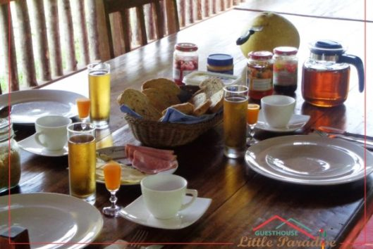 Breakfast at Guesthouse Little Paradise